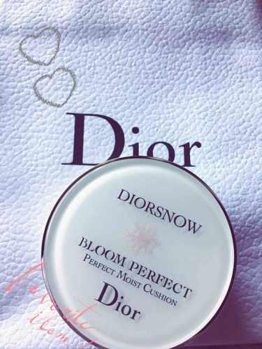 Dior カプチュール トータル ドリームスキン クッション SPF50-PA+++