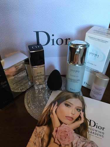 Dior ディオールスキン スター フルイド