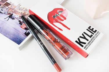 Kylie Cosmetics 口紅・グロス MATTE LIP KITS