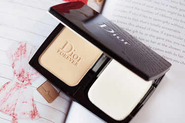 Dior ファンデーション ディオールスキン フォーエヴァー フルイド