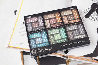 Dolly Angel アイシャドウ 30 COLORS EYESHADOW PALETTE