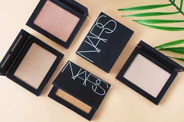NARS(ナーズ)から、自然と肌に溶け込むようなハイライティングパウダーが新発売☆