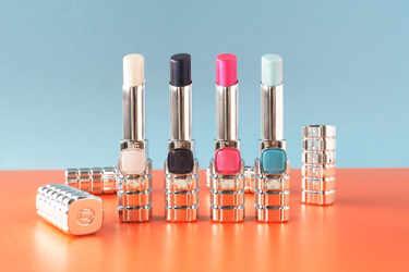 ロレアル パリの大人気リップに新色が発売!シャインオン ホロシャインコレクション全4色をご紹介!
