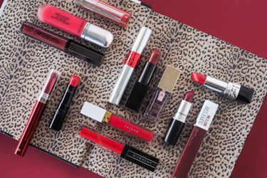 REVLON(レブロン)、Visee(ヴィセ)、MAYBELLINE NEW YORK(メイベリン ニューヨーク)、GIVENCHY(ジバンシー)、Dior(ディオール)、to/one(トーン)、REVLON(レブロン)、NYX Professional Makeup(ニックス)、M・A・C(マック)、 NARS(ナーズ)