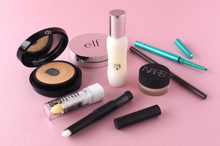 """お出かけ時に必ず持ち運んでいる、私の""""必需品アイテム""""をご紹介♡ - NARS ナーズ / GIORGIO ARMANI BEAUTY ジョルジオ アルマーニ ビューティー / e.l.f.Cosmetics エルフ / M·A·C マック / Reviva Labs / dejavu デジャヴュ / VIsee ヴィセ / Apothia アポーシア"""