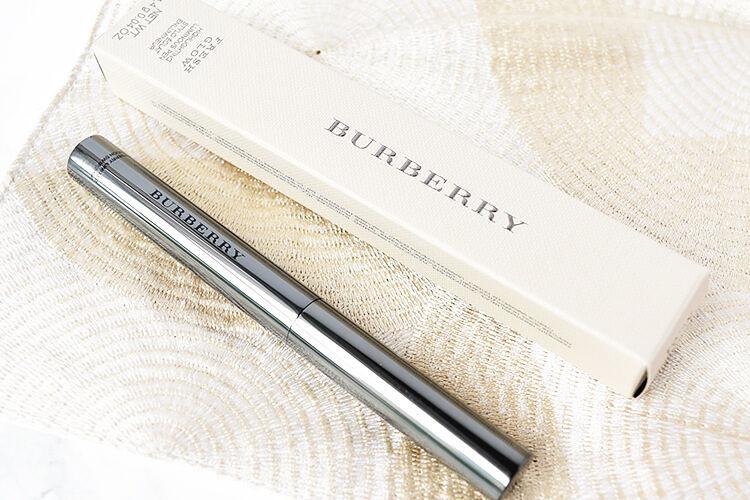 Burberry Beauty ブロンザー・ハイライター フレッシュグロウ ハイライティングルミナスペン