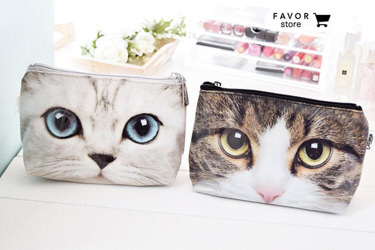 **只今セール中**猫マニア必見!!超カワイイネコちゃんの顔が大胆にプリントされたポーチ♡持っているだけで、み~んなキュートな視線に釘付け♡♡