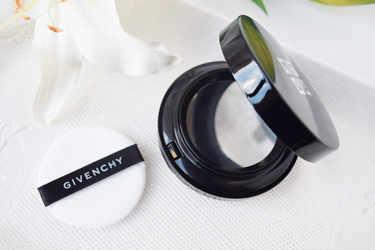 Dior ファンデーション カプチュール トータル ドリームスキン クッション SPF50-PA+++ GIVENCHY ファンデーション タン・クチュール・クッション