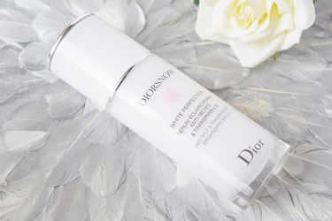 Dior 美容液 ディオールスノーホワイトニングセラム