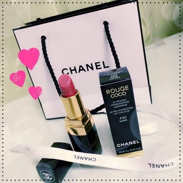 シャネルルージュココ430MARIEリップ CHANELルージュココ430マリー口紅 今日娘が母の日のプレゼントにシャネルの口紅?を買ってきてくれました♪  .\u2022*¨*\u2022.