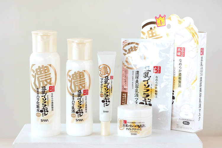 イソフラボン 化粧 水 豆乳
